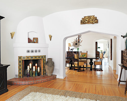 Mediterranean fireplace home design ideas pictures for Mediterranean fireplace designs