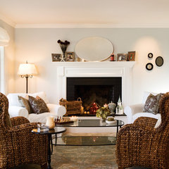 traditional living room by Mahoney Architects & Interiors