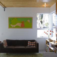 Modern Living Room by emily jagoda