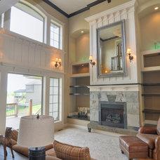 Contemporary Living Room by macdermott homes