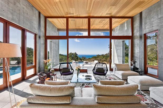 Rustic Living Room by ShubinDonaldson