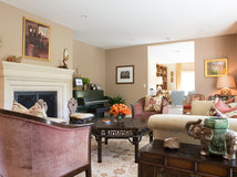 Room of the Day: Midcentury Modern Meets the 1840s
