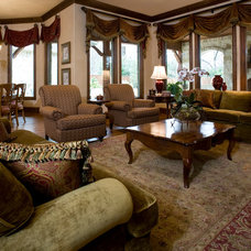 Traditional Living Room by Doris Younger Designs