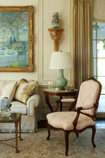 Traditional Living Room by Katherine Shenaman Interiors