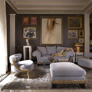 Ispirazione per un soggiorno classico di medie dimensioni e chiuso con pareti viola, nessun camino, nessuna TV e sala formale
