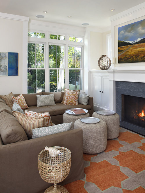 Modern small living room houzz for Modern living room designs for small spaces