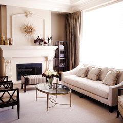 traditional living room by Blue Garnet Design