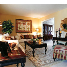 Traditional Living Room by Decor & You - Omaha