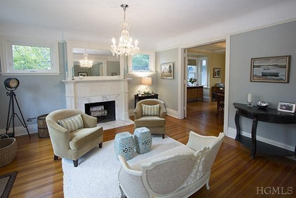 Traditional Living Room by Gold Staging & Redesign