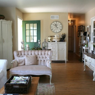 Inspiration for a shabby-chic style living room remodel in Other