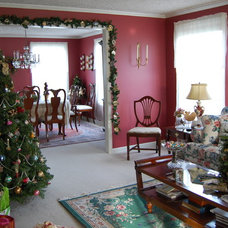 Traditional Living Room by Julie Murray
