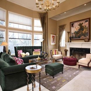 Источник вдохновения для домашнего уюта: парадная гостиная комната в классическом стиле с бежевыми стенами и стандартным камином без ТВ