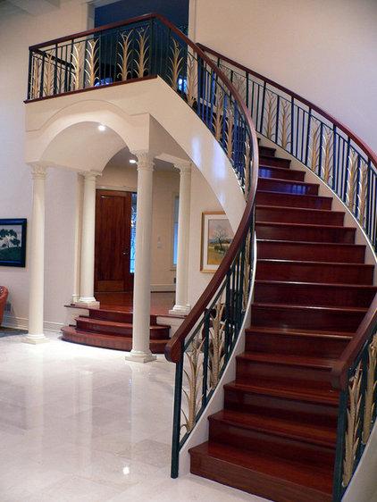 Traditional Living Room by Maynard Studios