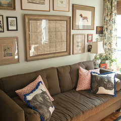 traditional living room by Lauren Gries