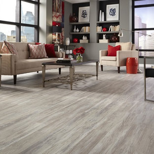 Tranquility- 5mm Grizzly Bay Oak Click Resilient Vinyl