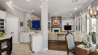 Transitional Home Interior in Starwood- Frisco, TX