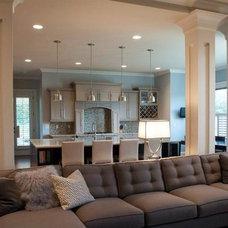Contemporary Living Room by BLU Interiors: Chelsea Dunbar