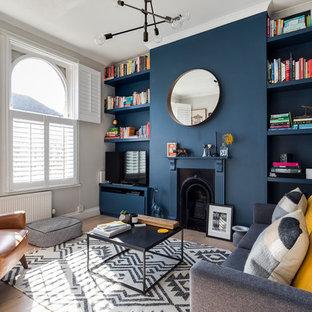 Living room painted in Farrow & Ball's Stiffkey Blue
