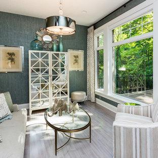 Ispirazione per un piccolo soggiorno classico chiuso con sala formale e pareti grigie