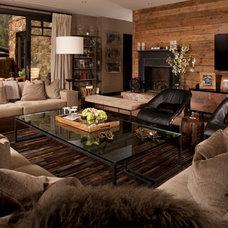 Transitional Living Room by Salinas Lasheras