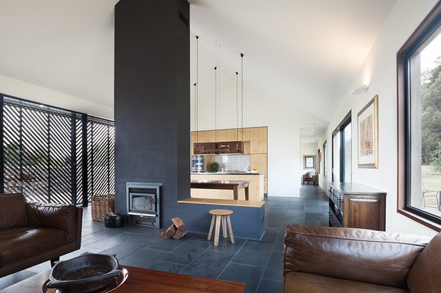 Contemporary Living Room by MRTN Architects