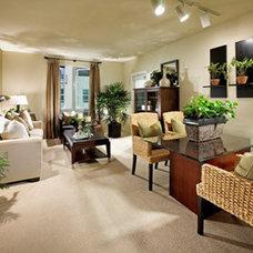 Contemporary Living Room by greige/Fluegge Interior Design, Inc.