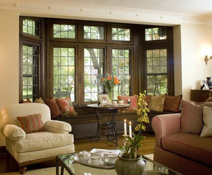 Bay windows furniture placement for Window placement in living room