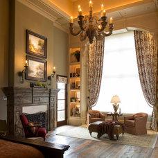 Traditional Living Room by Ellis Custom Homes LLC