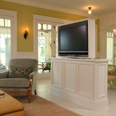 Traditional Living Room by Steven Cabinets