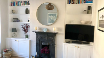 Twin alcove cabinets and bookcases