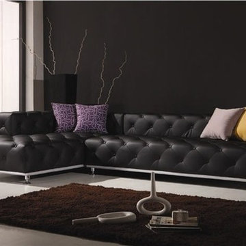 Ubrich Tufted Leather Sectional Sofa