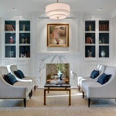 traditional living room by Domiteaux + Baggett Architects, PLLC