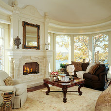 Traditional Living Room by DesRosiers Architects