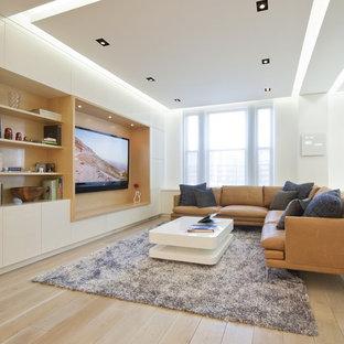 Modelo de salón moderno, sin chimenea, con pared multimedia