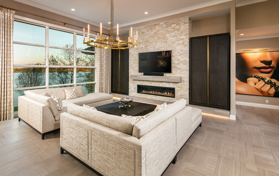 Upscale Transitional