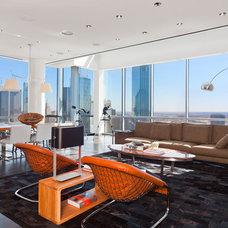 Modern Living Room by Mobili Martini