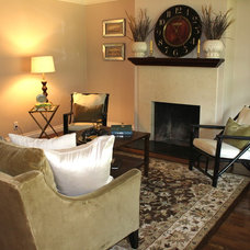 Traditional Living Room by Cindi Carter
