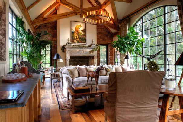 Traditional Living Room by JLF & Associates, Inc.