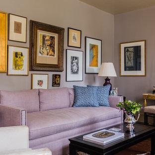 ローリーの小さいエクレクティックスタイルのおしゃれなリビング (フォーマル、グレーの壁、暖炉なし、テレビなし) の写真