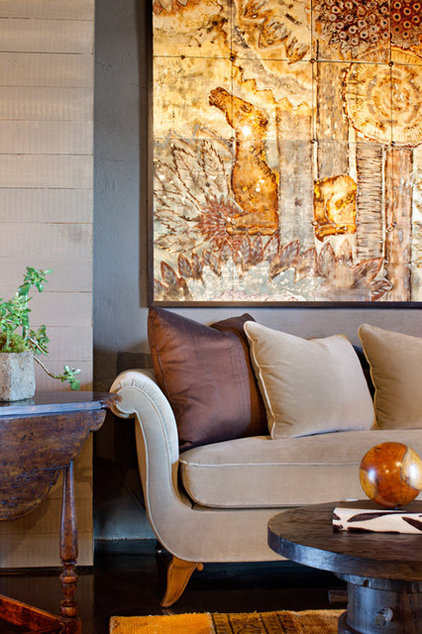 traditional living room by Melanie Turner Interiors