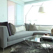 Modern Living Room by Stephanie Brown Inc.