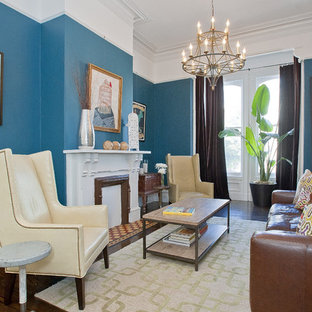Photo of a victorian living room in San Francisco with blue walls.