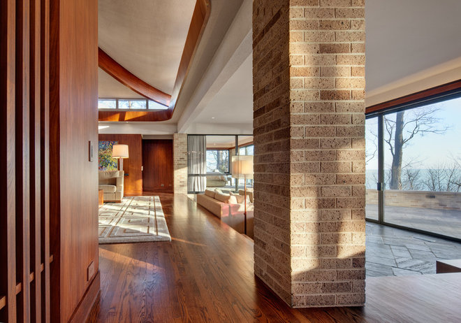 Midcentury Family Room by Becker Architects Limited