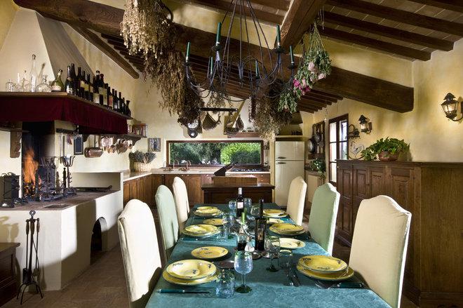 Rustic Kitchen by Fabrizia Frezza Architecture & Interiors