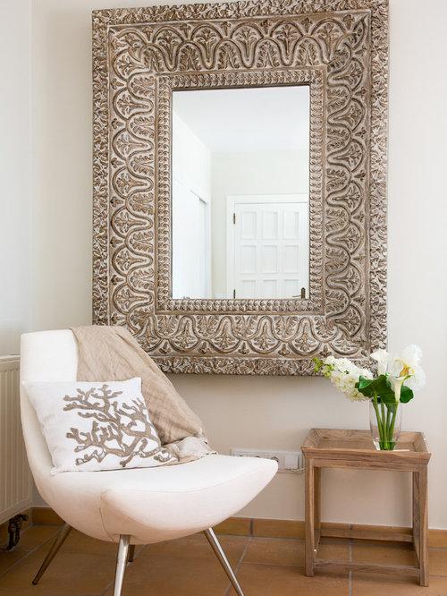 Salon petit budget avec un sol en carreau de terre cuite for Un carreau de terre