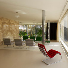Modern Living Room Villa Tugendhat