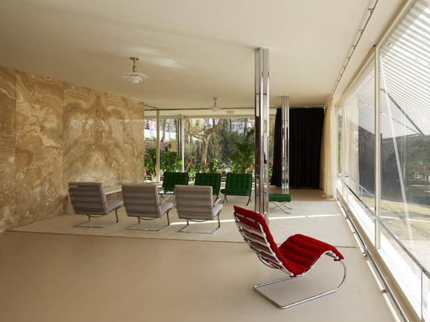 Modern Living Room Villa Tugendhat