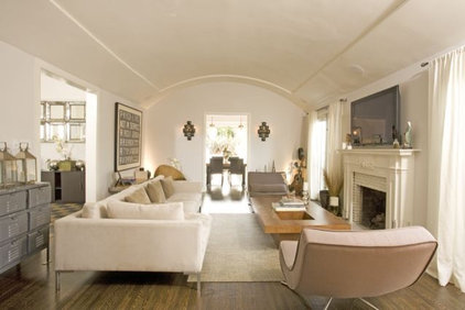 Modern Living Room by Bowery Interior Architecture