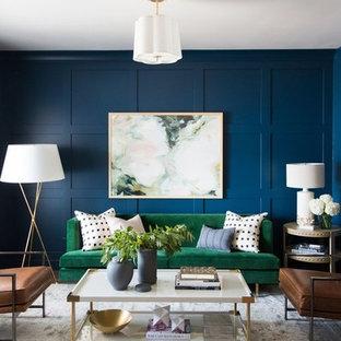 Inspiration för ett mellanstort vintage vardagsrum, med blå väggar och mellanmörkt trägolv