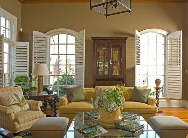 Traditional Living Room by Jennifer Orne